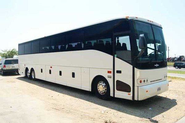 50 people charter bus rental lincoln
