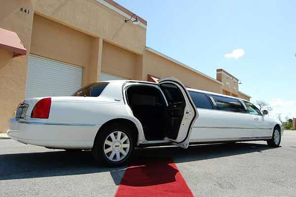 lincoln stretch limousine Lincoln
